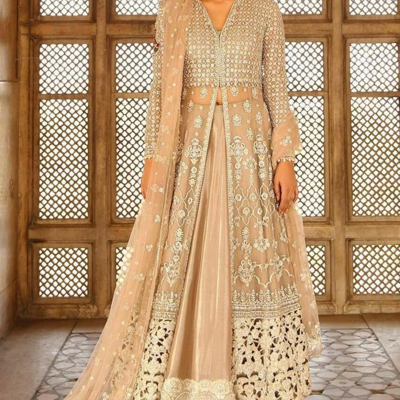 shaadi outfits,