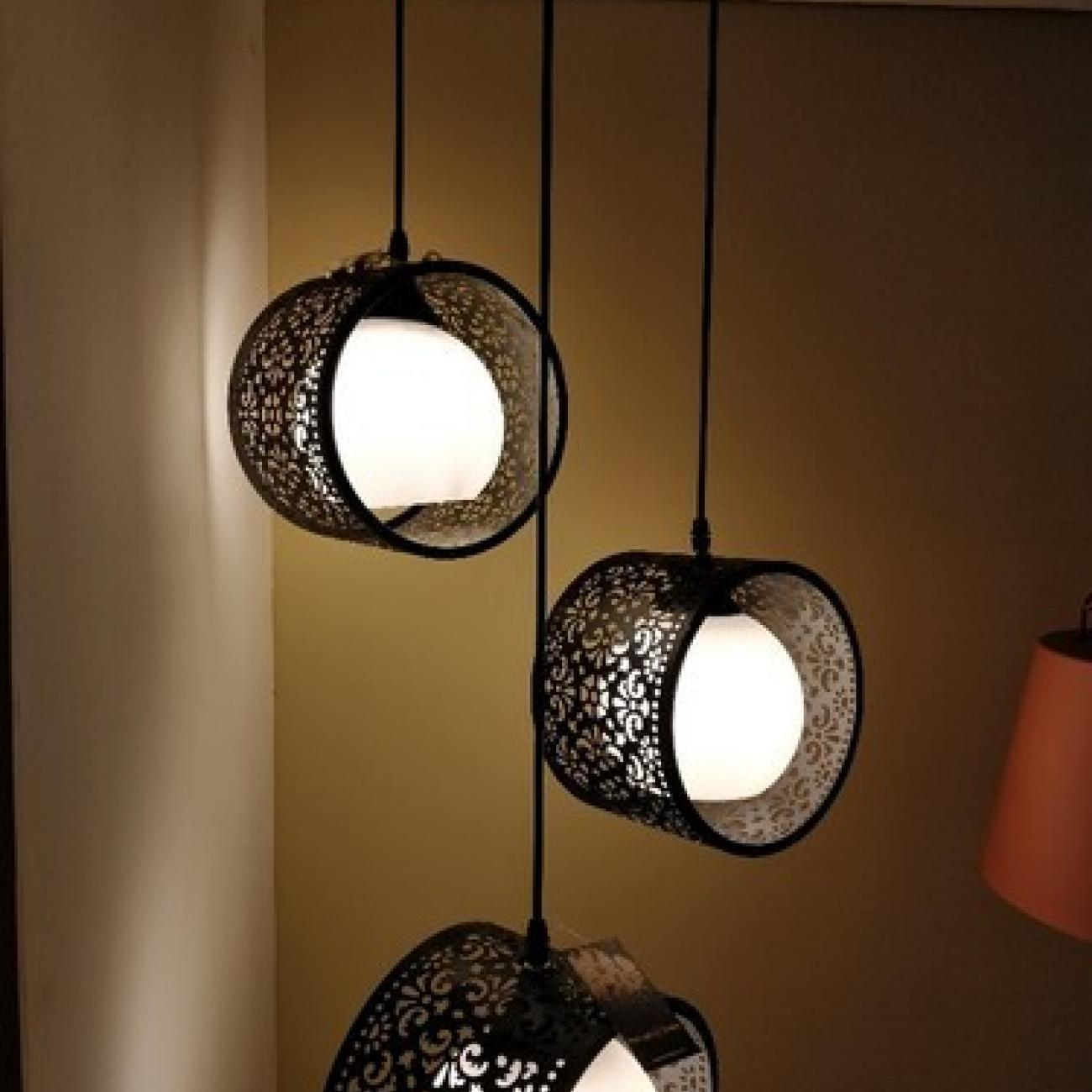paul@Laser_Cut_Hanging_Light_with_Philips_LED
